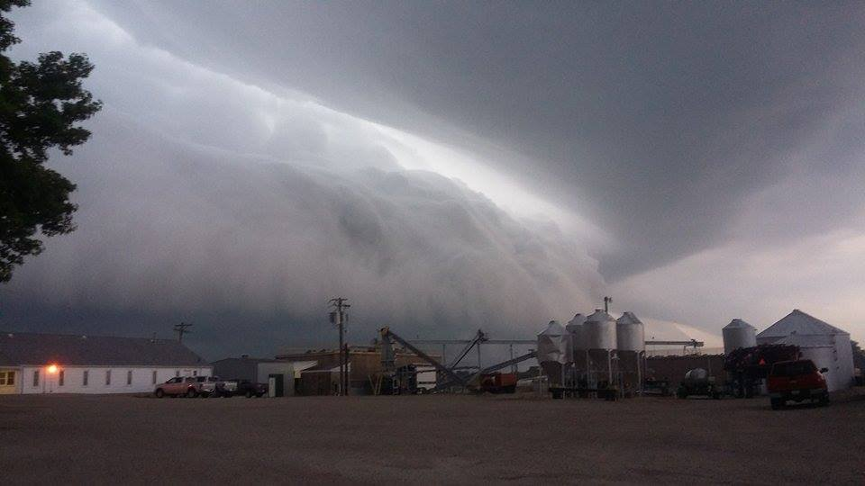 Wednesday morning shelf cloud in Decatur. Credit: Melissa Scheiter