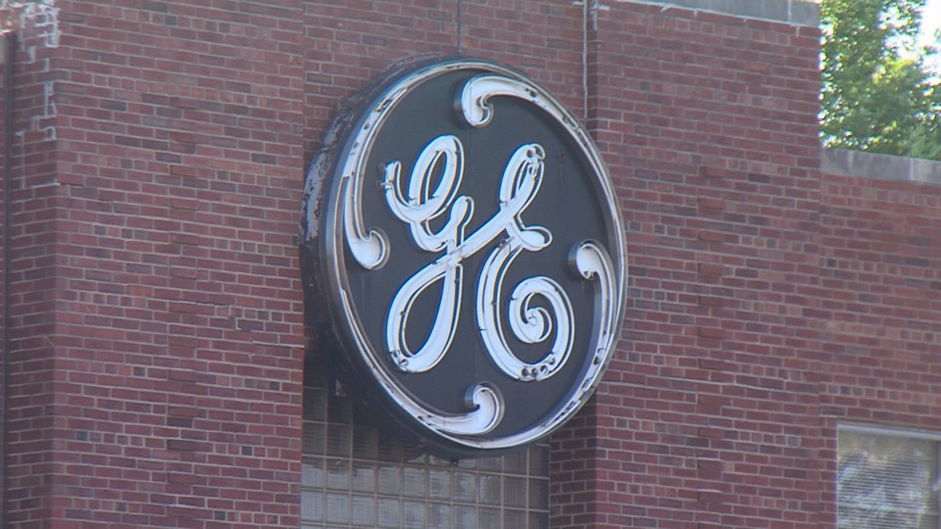 GE Lighting announces intent to close Mattoon lamp plant