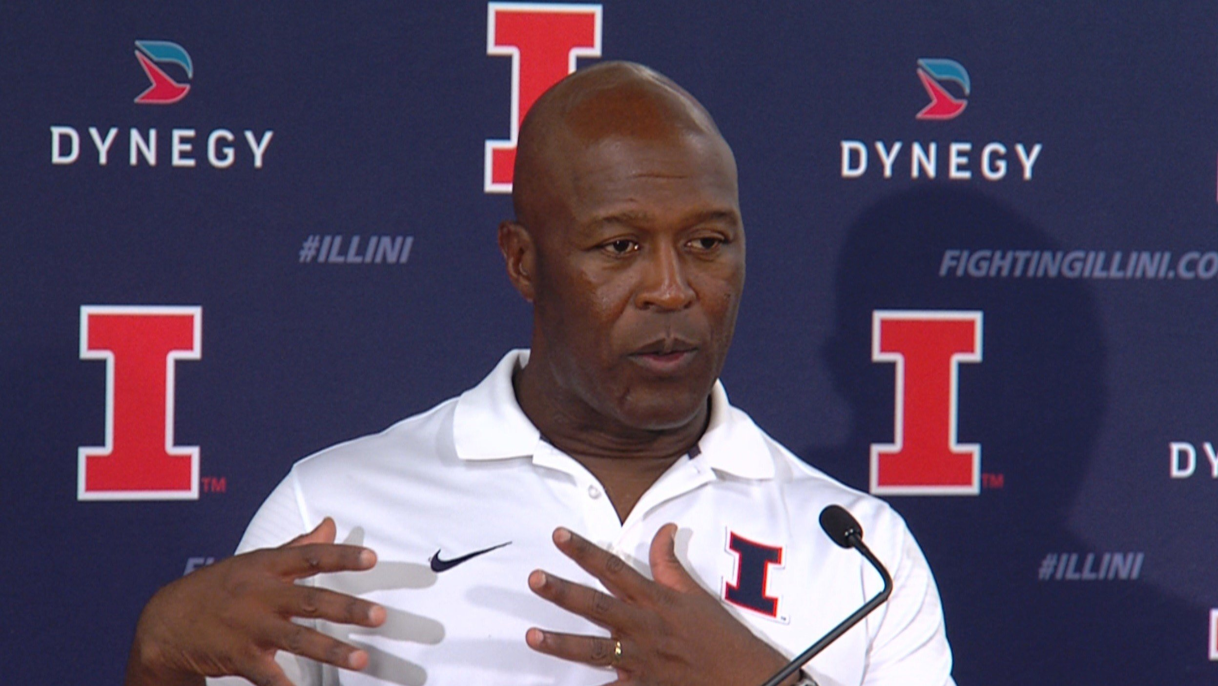 Lovie Smith pulling for the Cubs  Wandtvcom  ~ Wand Tv Cubs