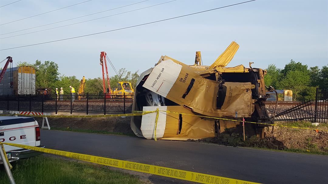 No injuries in central Illinois freight train derailment