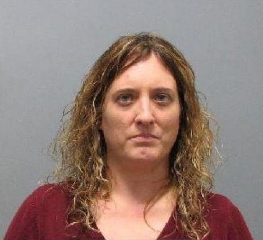 Angela Wiser, 37