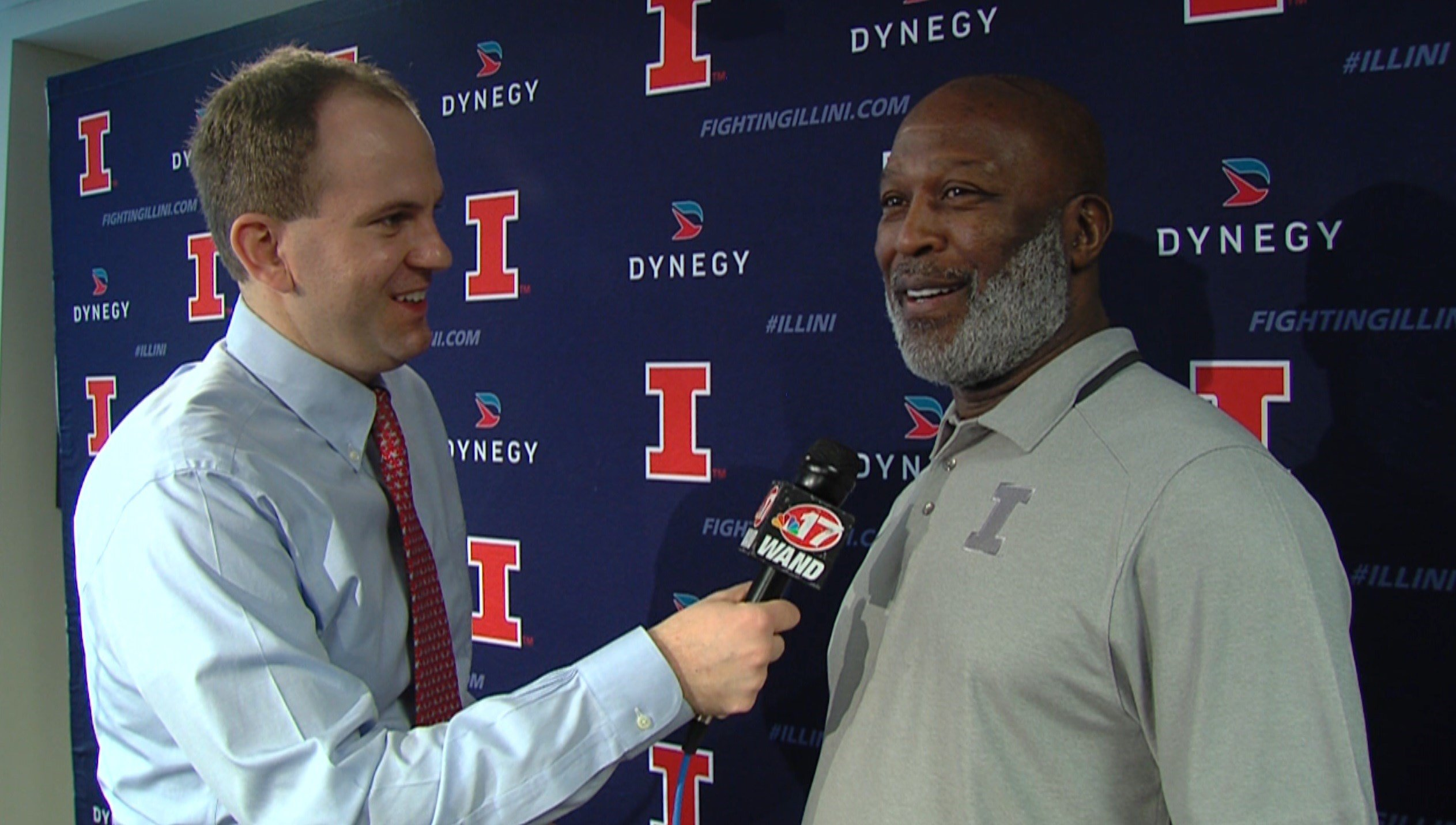 Lovie Smith said that what made Brian Urlacher a bona fide first-ballot Hall of Fame linebacker was more than just an across-the-board complete skill set, but the ability to know where every player was supposed to be on the field at all times.