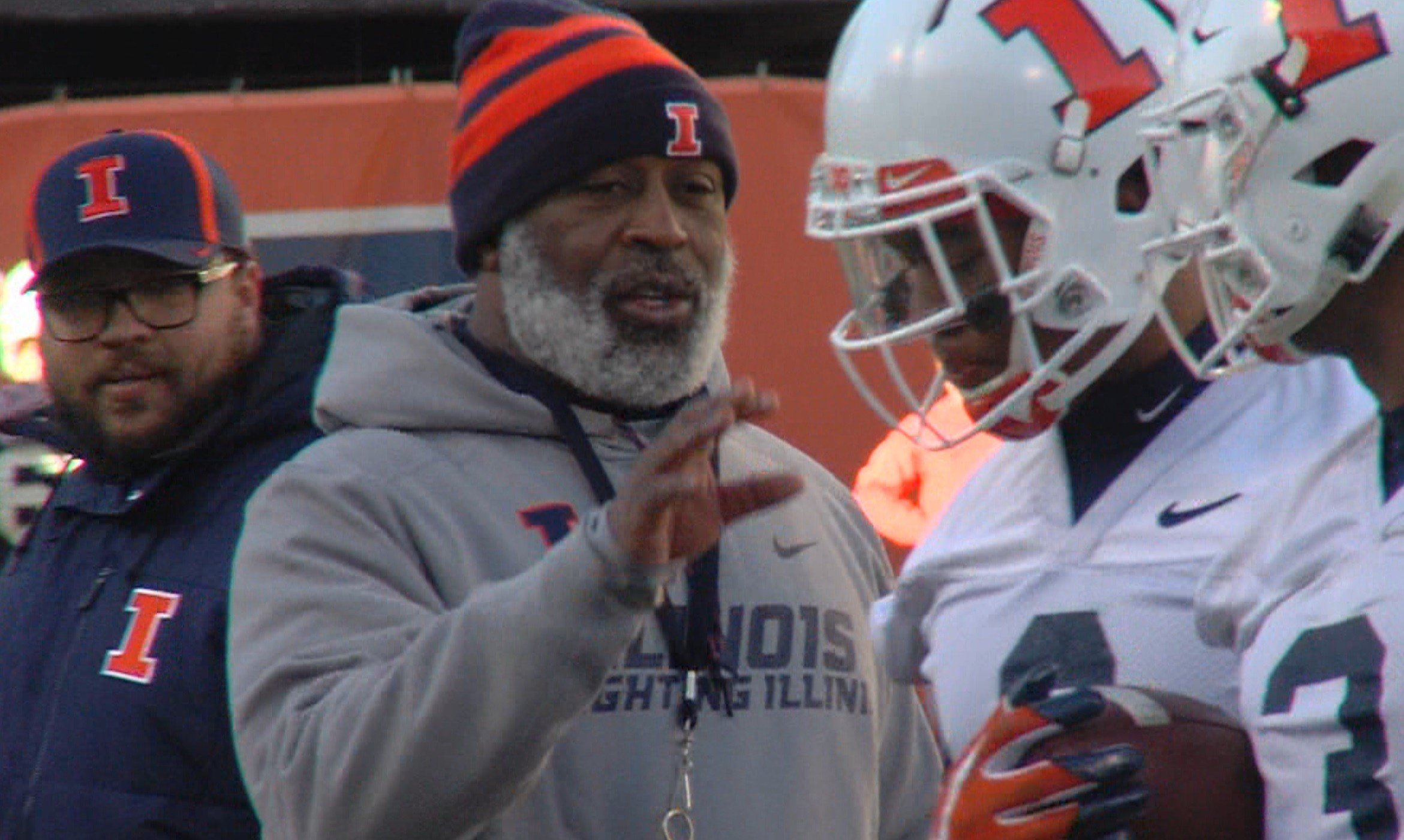 Illinois head coach Lovie Smith begins his third season as the leader of the Illini, but he'll have to do it with a walking boot after injuring his foot this offseason.