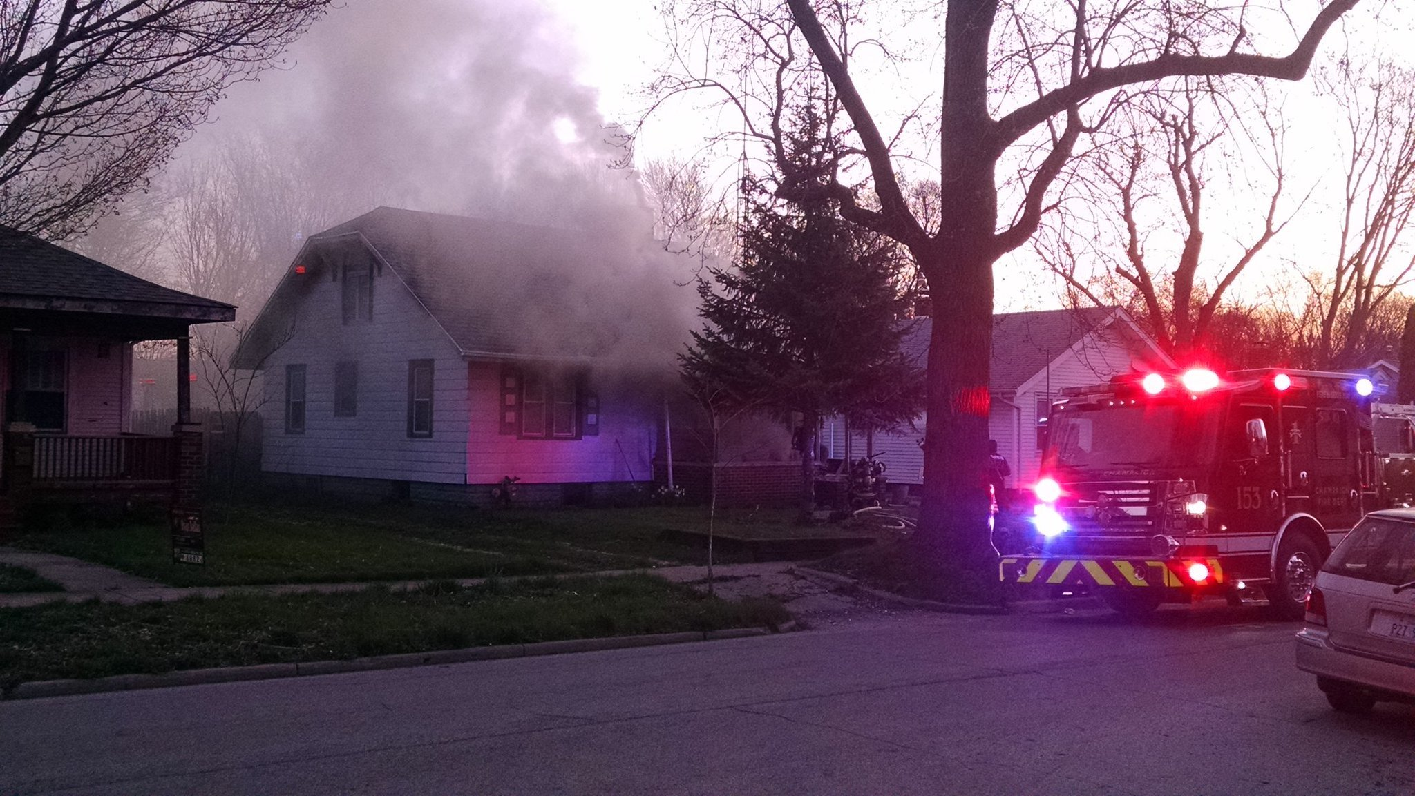 Neighbors alert residents of house fire