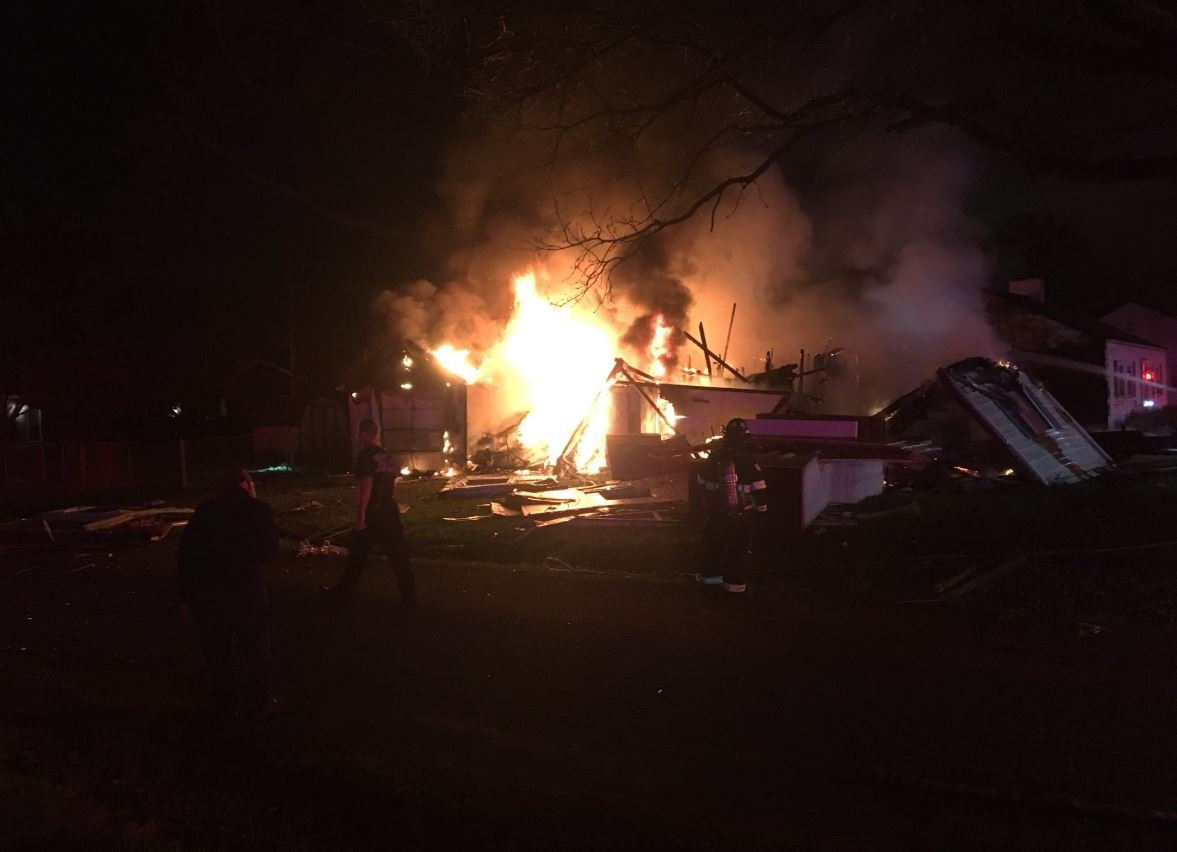 Blast levels vacant home in IL; no injuries reported