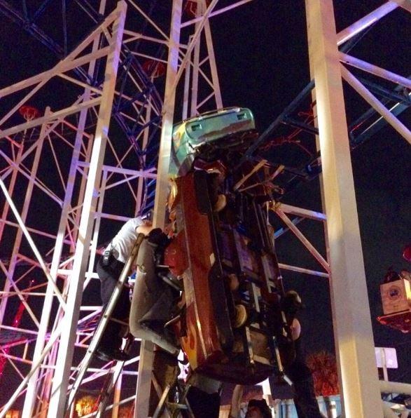 Rollercoaster at Daytona Beach Boardwalk derails