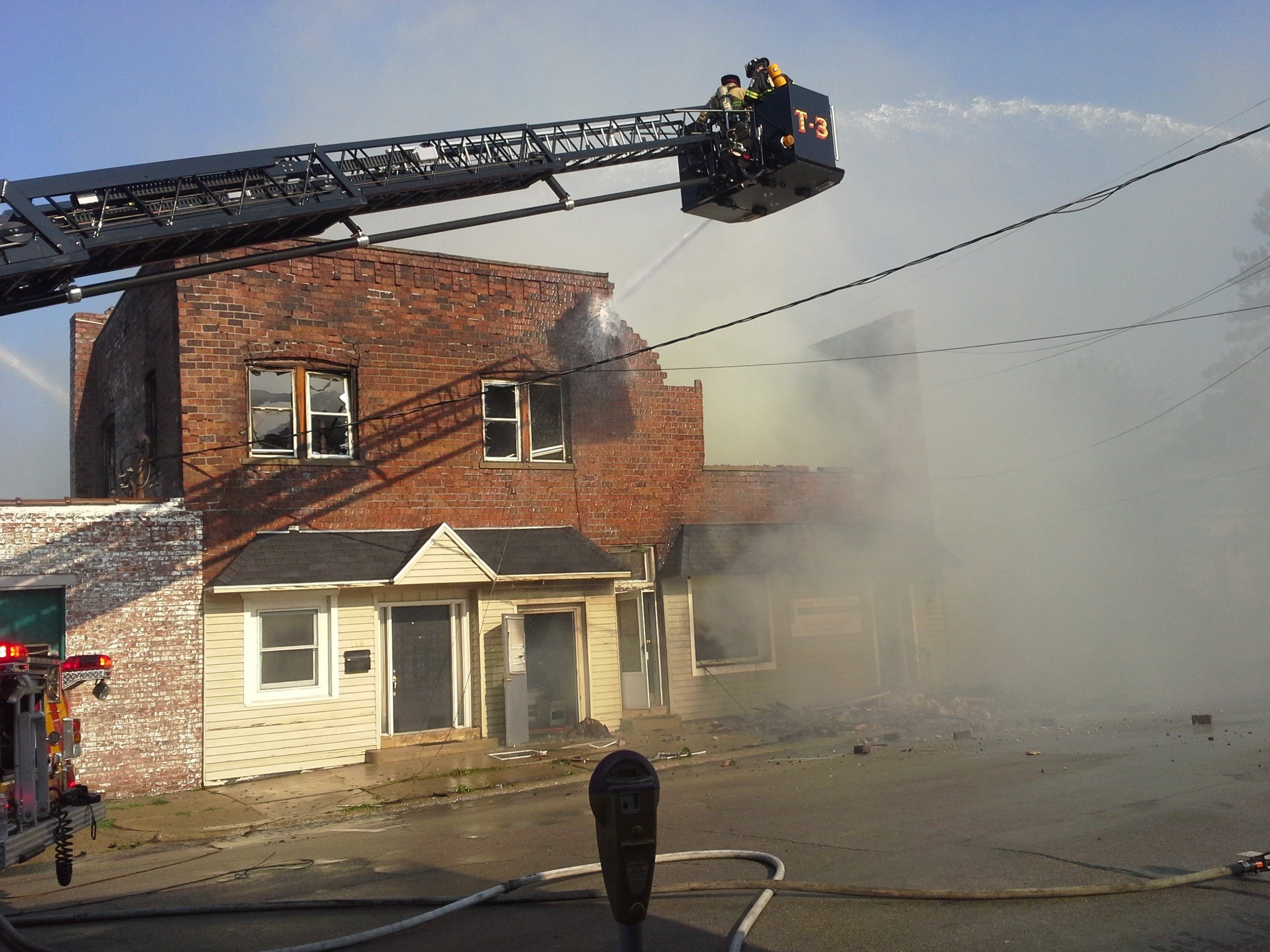 update firefighters respond to structure fire in clinton  ~ Wand Tv Local News Headlines