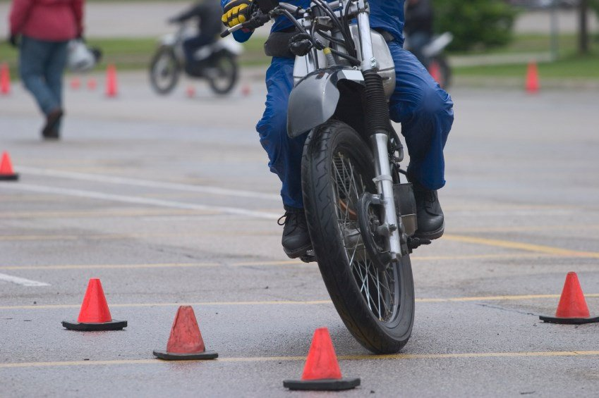 free motorcycle training course  Free motorcycle training courses available - Wandtv.com ...