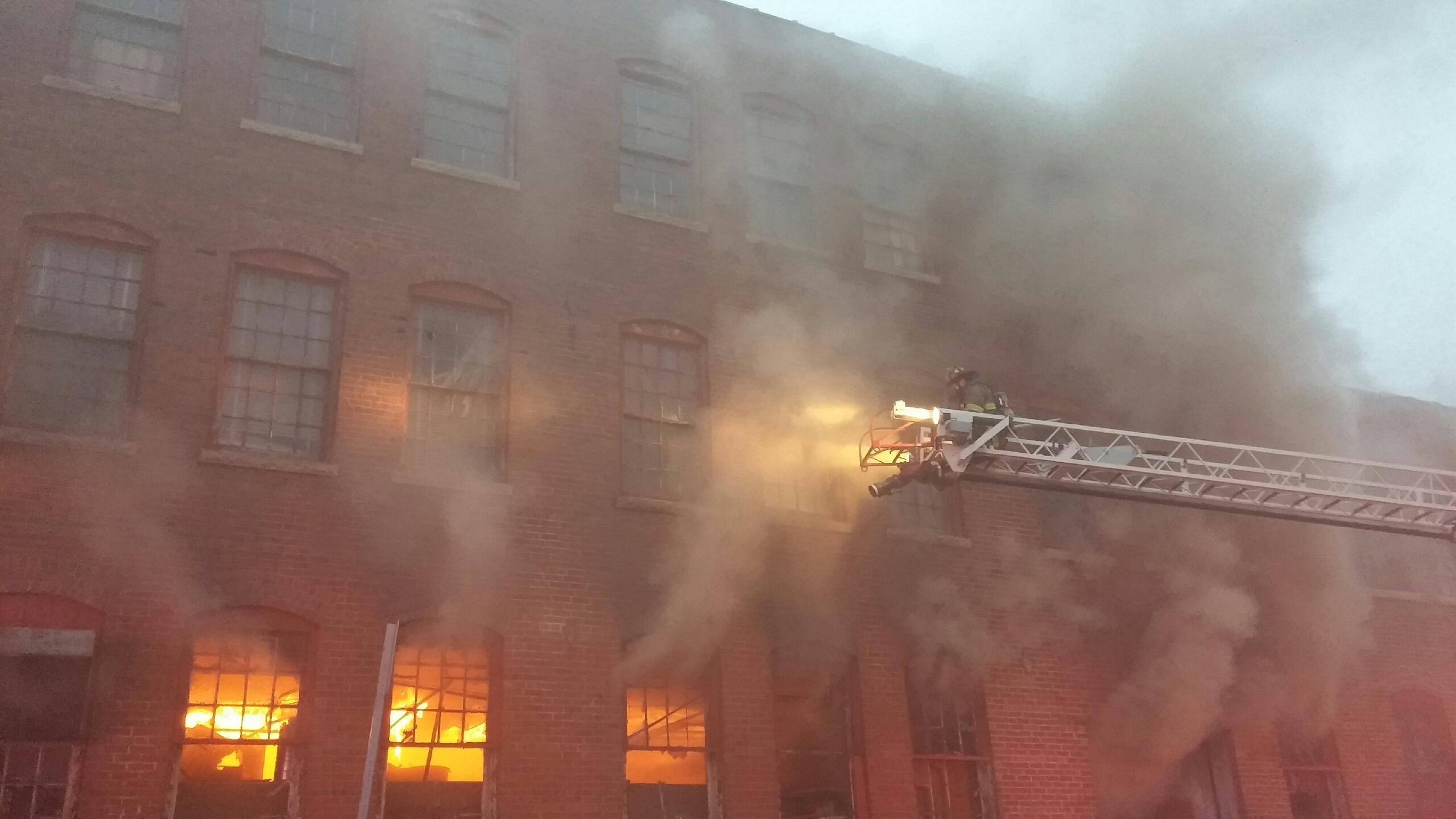 warehouse fire in decatur