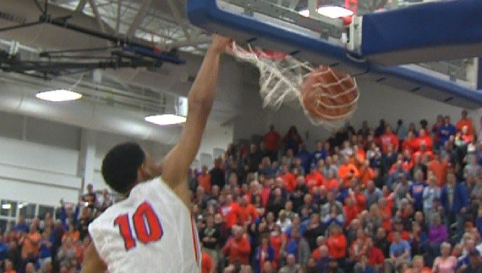 Christian Williams (10) puts the exclamation point on a Super Sectional win.